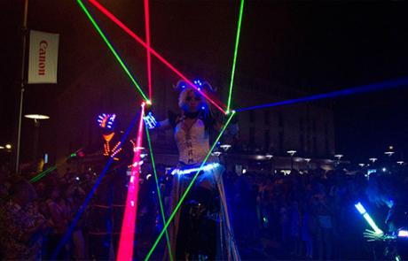 Electrik Cosmik, spectacle déambulatoire, Labo M Arts / © DR