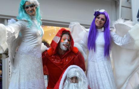 La magie de Noël, spectacle déambulatoire, Labo M Arts / © DR