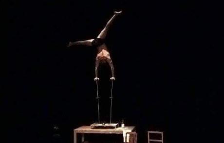 Equilibre sur canne, Labo M Arts / © DR
