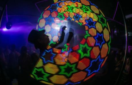Jonglerie lumineuse, Labo M Arts / © DR