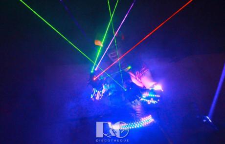 Show laser futuriste, Labo M Arts / © R&G Discothèque