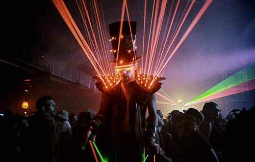 Show laser futuriste, artistes - Labo M Arts
